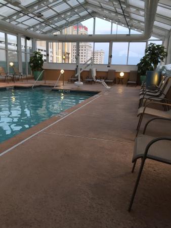 Wyndham Skyline Tower: Hotel pool