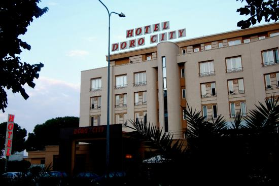 Photo of Hotel Doro City Tirana