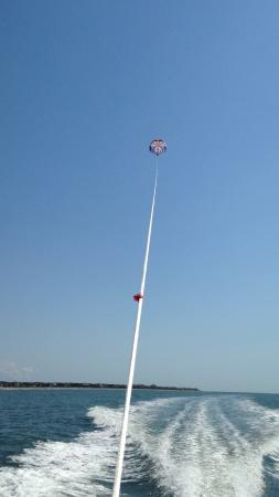 Tidalwave Watersports: 800 ft parasailing
