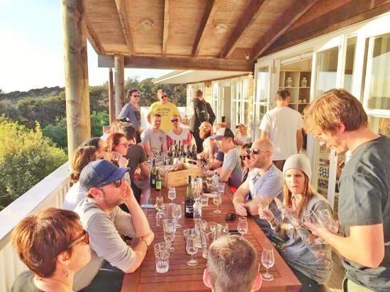 Waiheke Island, New Zealand: Solotel Hospitality Group, Sydney! www.enjoiwaiheke.co.nz