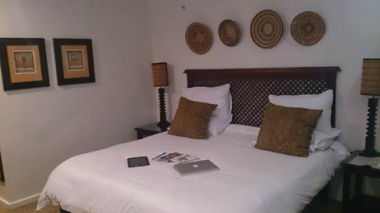 Kelway Hotel: Bedroom