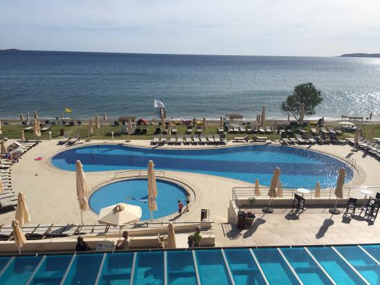 Kiani Beach Resort: View from the terrace