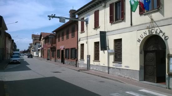 Chierico : Ristorante, albergo e municipio