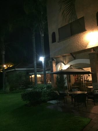 La Mansion del Sol: Hotel & grounds