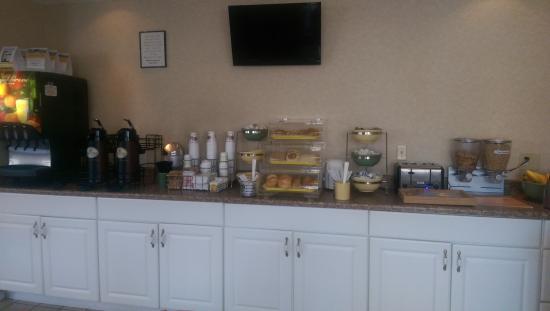 Rodeway Inn : free breakfast