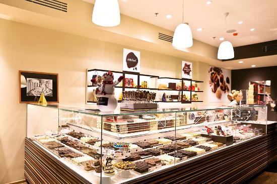 Cafe-Boutique Leonidas