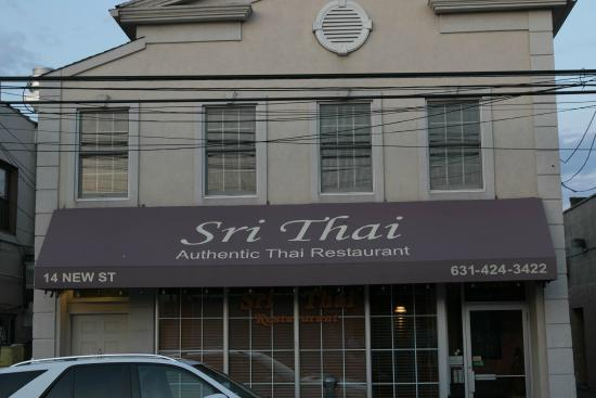 Sri Thai : Front of Restaurant
