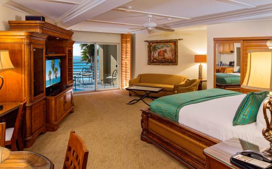 Pacific Terrace Hotel Romantic Honeymoon Suites