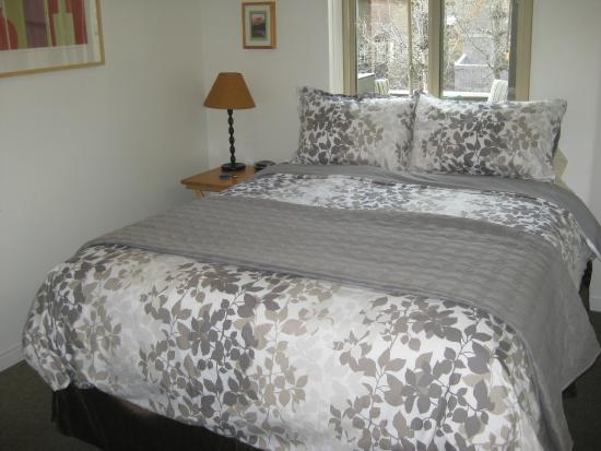 Mountain View Bed & Breakfast: Guest Room