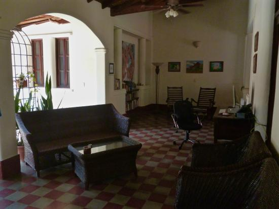 Casa Silas B & B: tv/lounge area