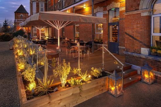 Ambassador Hotel & Health Club Cork : McGettigans Terrace