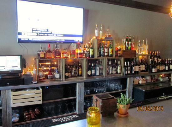 Bar picture of the orchard restaurant bar port for Porte 12 restaurant