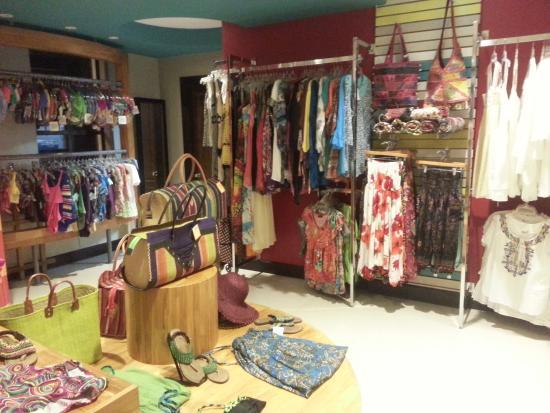 Congo - Costa Rican Handmade Gift Shop: Casual clothing