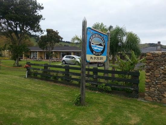 Kawakawa Bay: Beachcomber Hotel, Kawakawa