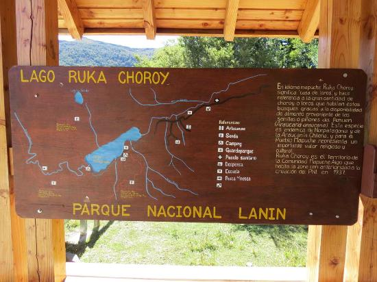 Alumine, Argentyna: Cartel indicativo de Ruca Choroy