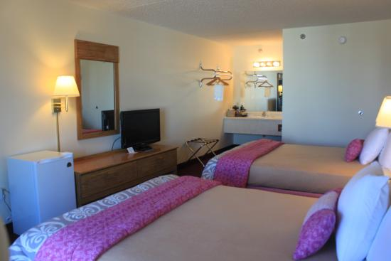 Ozark Valley Inn: Clean rooms Branson Mo