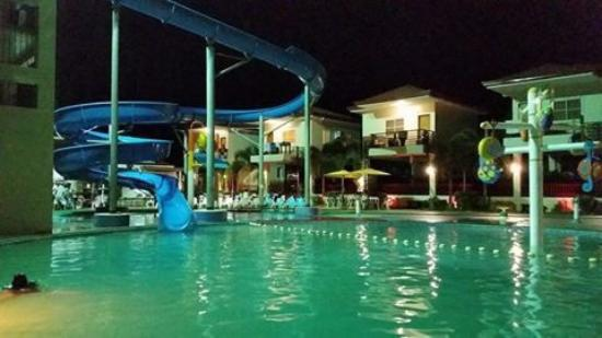 Cml Beach Resort Water Park Photo5 Jpg