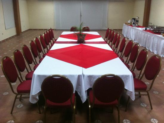 Hotel La Pradera: Salones