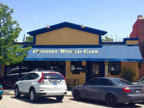 Odyssey World Cafe: Entrance on Pine St.