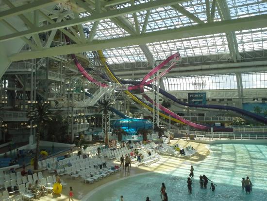 Indoor Pool Picture Of West Edmonton Mall Edmonton Tripadvisor