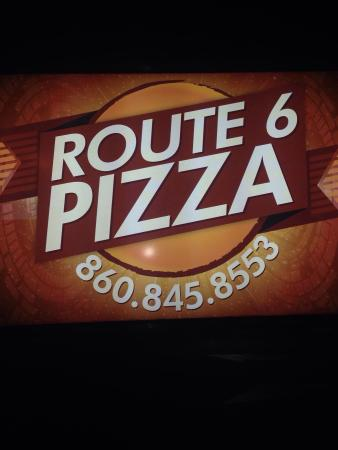 Terryville, CT: Route 6 Pizza