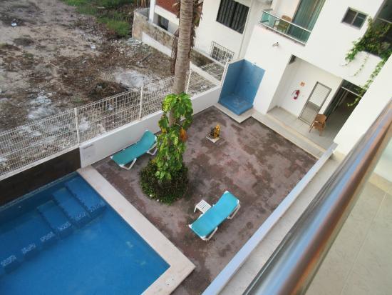 Casa Melissa: pool area