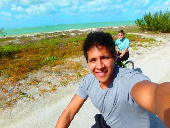 Hotel Puerto Holbox: recorrer la isla en bici
