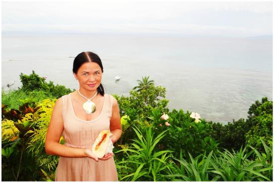 Taveuni Island Resort & Spa : Я с подарками от отеля
