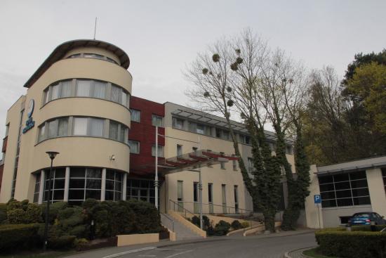 Hotel Nadmorski: Front of the hotel