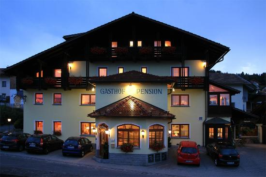 Gasthof & Pension Arracher Hof