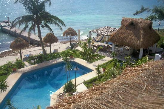 Villas  Hinaha: Pool on the beach