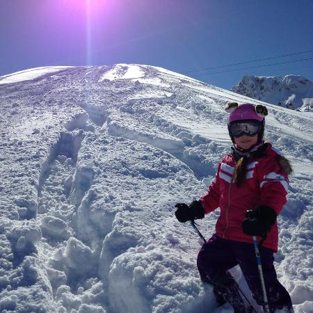 Chalet Abendruh: our 7 year old enjoying the offpiste