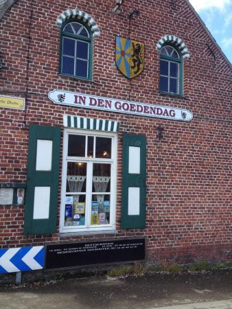 In den Goedendag : Estaminet à côté de Cassel