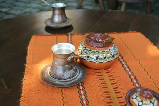 Art-M gallery: Turkish coffee (sand)