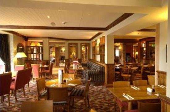 Premier Inn Barnsley (Dearne Valley) Hotel: Typical Brewers Fayre restaurant