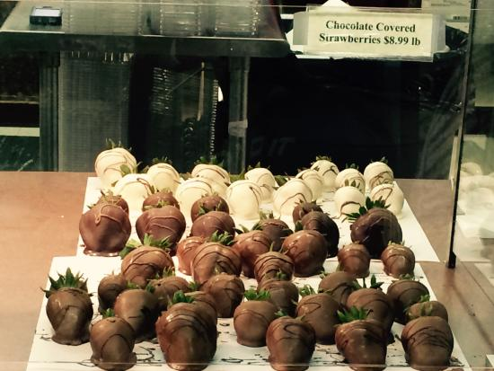 Middletown, DE: Chocolate covered strawberries M & A Treats