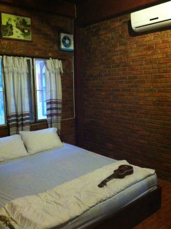 Zuela Guesthouse: Room
