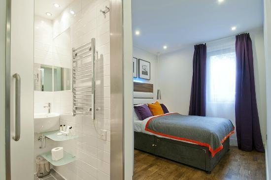 Go Native Camden : Studio Bedroom Area and Bathroom