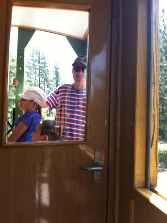 Sargan Eight Railway: You can stand outside on the platform during the journey
