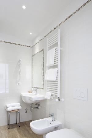 Hotel Cantoria: bagno camera