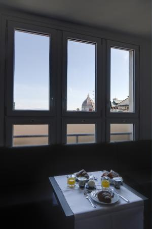 Hotel Cantoria: duomo from window