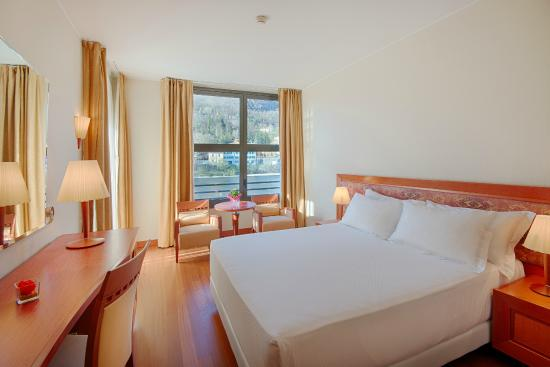 NH Lecco Pontevecchio: Guest Room - Superior with Terrace and View