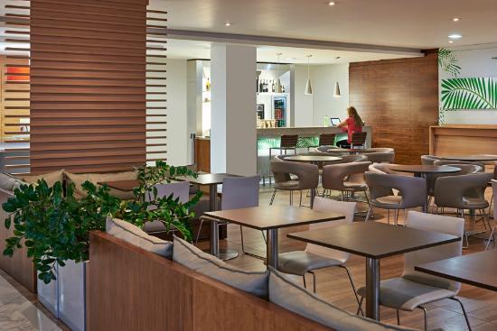 Hotel Ibis Sao Jose: Salão do Café da Manhã