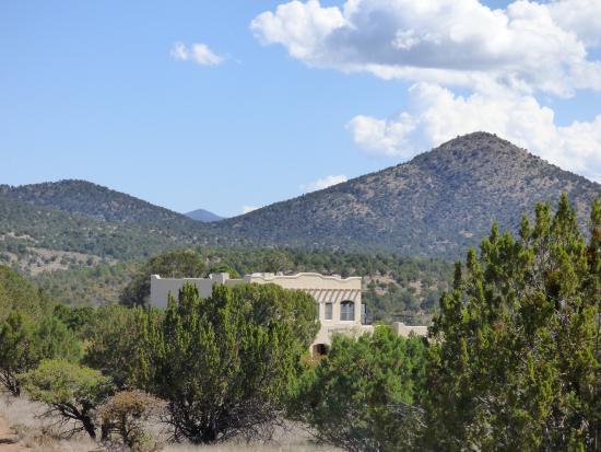 Bear Mountain Lodge: The lodge