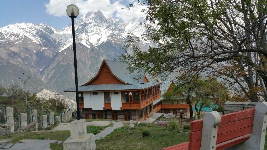 Hotel Kinner Kailash (HPTDC): Kinnaur Cottage, Kalpa