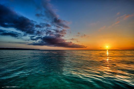 كوكو لابالم سي سايد ريزورت: Some Of The Most Spectacular Sunsets You Will Ever See