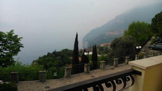 Hotel la Rotonda: Camere con vista lago.. ancora piu' bello dal vivo!