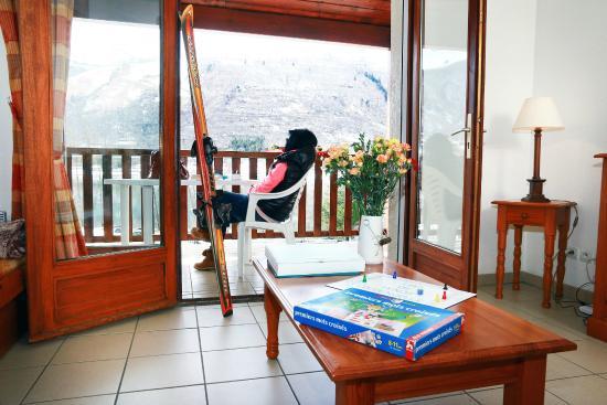 Nemea Residence La Soulane : Vu de votre logement avec terrasse