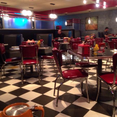 The Roundabout Diner & Lounge : photo0.jpg