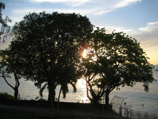 Johnston Apartments: Sunrise in beautiful Tobago